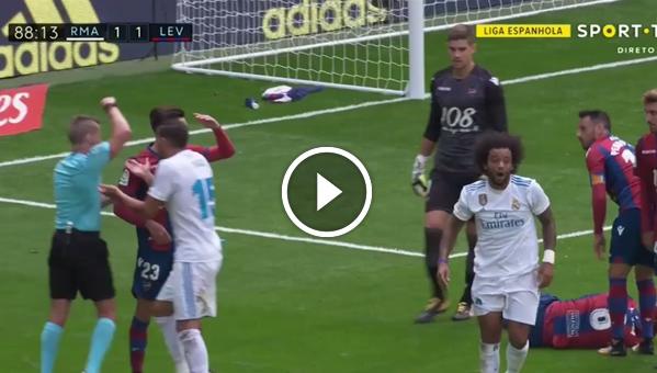 Marcelo wylatuje z boiska!