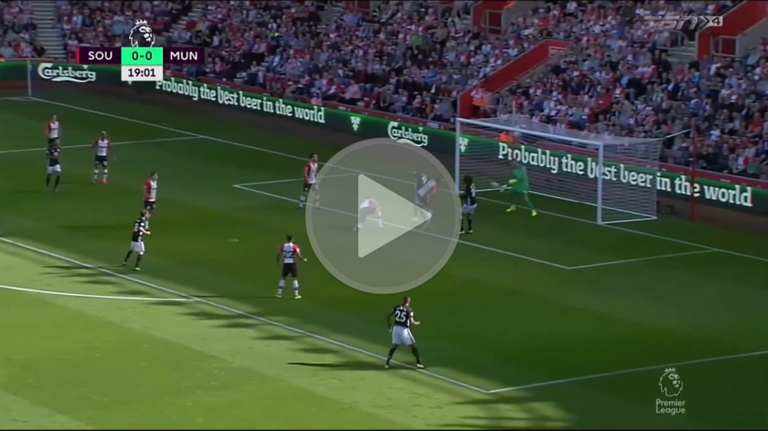 Skrót meczu Southampton FC vs Manchester United
