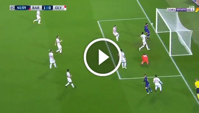 Pique strzela gola ręką i dostaje czerwoną kartkę! [VIDEO]