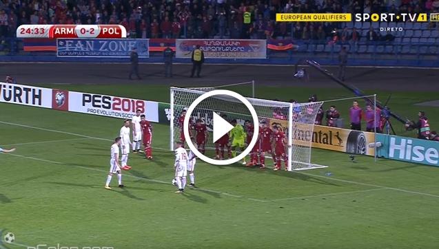 Lewandowski strzela po rzucie wolnym pośrednim! [VIDEO]