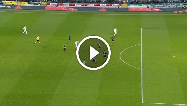 VAR w akcji! Górnik Zabrze strzela Legii, ale gol... zostaje anulowany! [VIDEO]