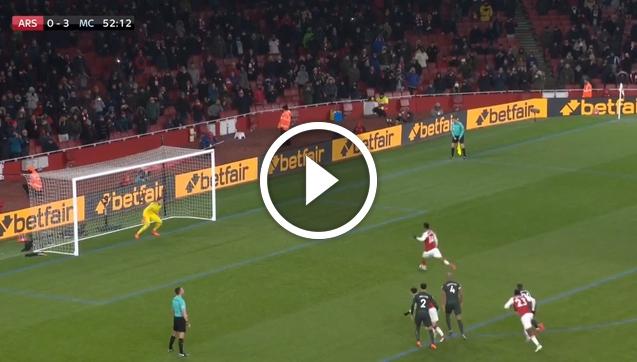 Aubameyang marnuje karnego z Manchesterem City! [VIDEO]