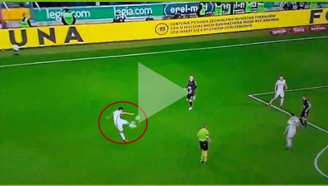 Zagranie piłki level: Ekstraklasa xD [VIDEO]