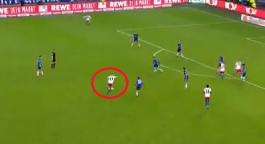 Ależ BOMBA Hunta! Ten gol zapewnił HSV bezcenne zwycięstwo [VIDEO]